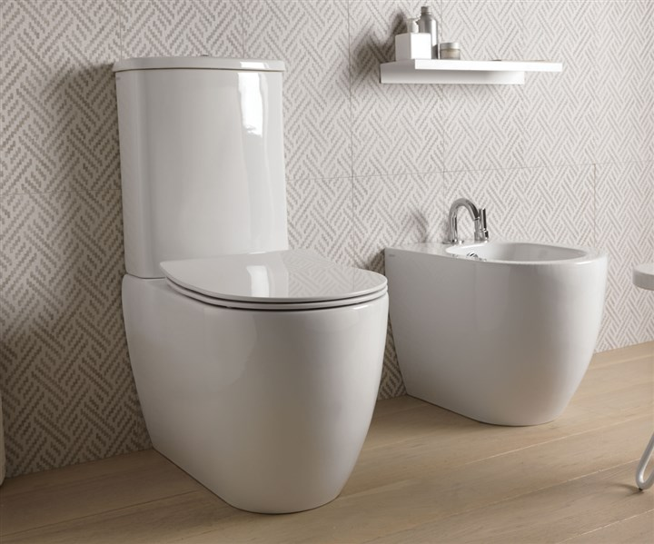wc monobloc and bidet. Black Bedroom Furniture Sets. Home Design Ideas